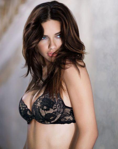 Adriana Lima - 38